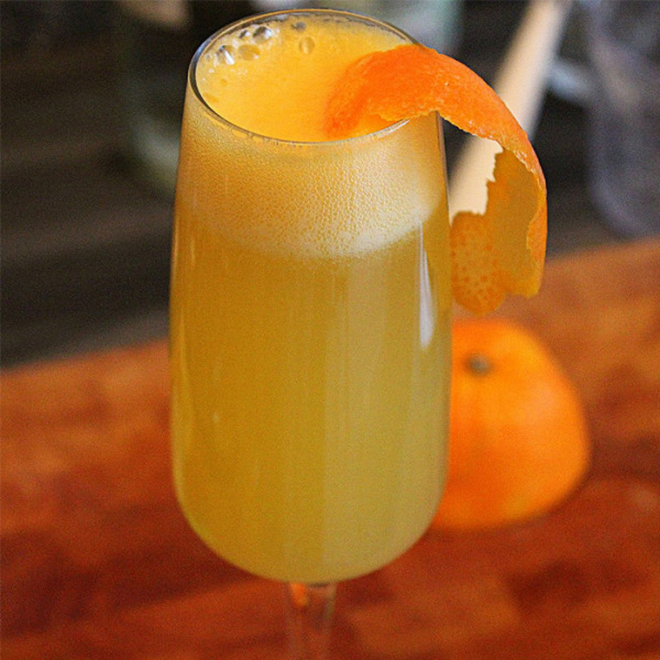 Mimosa Drink: Classic Mimosa Cocktail