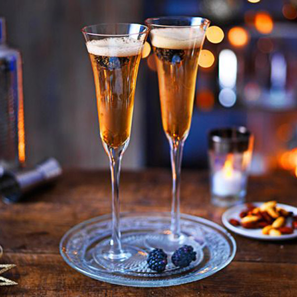 Disaronno Fizz Prosecco Cocktail