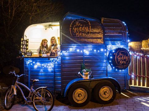 The-Giddy-Box Prosecco Van